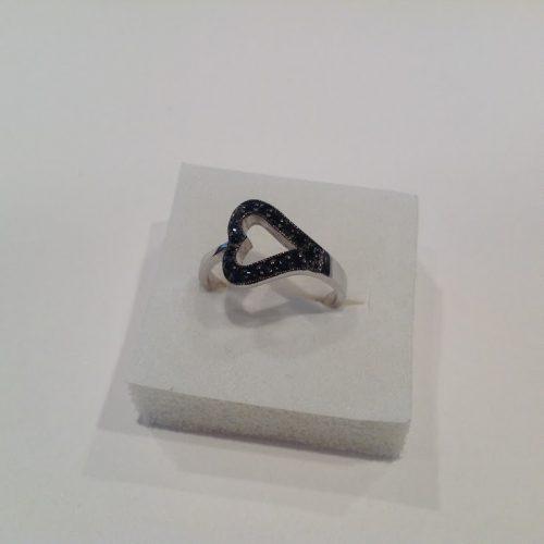Markazit köves ezüst gyűrű – Fekete szív