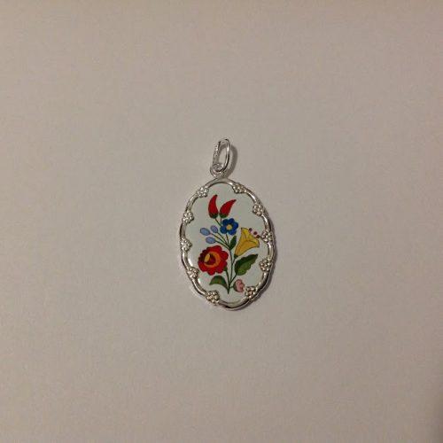 EZÜST Kalocsai kicsi medál – Rózsa paprikával