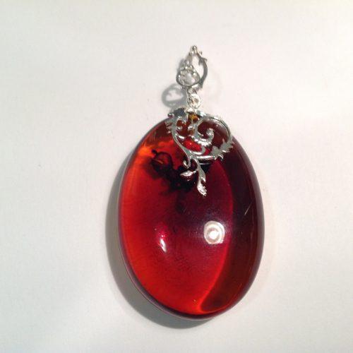 Borostyán medál ezüst akasztóval- COLOMBINA