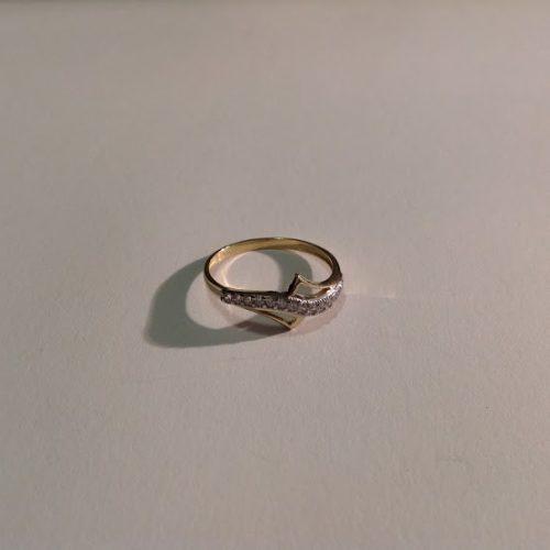 ARANY Gyűrű Köves – FIA