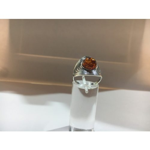 Borostyán köves ezüst  gyűrű-Damla